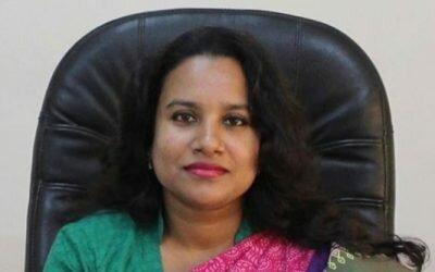 চাঁপাইনবাবগঞ্জে অবৈধ টোল উওোলনের প্রতিবাদে মানববন্ধন