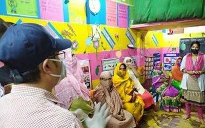 ঝালকাঠিতে হানিফ বাংলাদেশী'র লালকার্ড প্রদর্শন