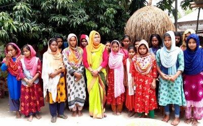গ্রামে গ্রামে গিয়ে নারীদের স্বাস্থ্যসেবা নিয়ে কাজ করছেন পঞ্চগড়ের জাফরিন